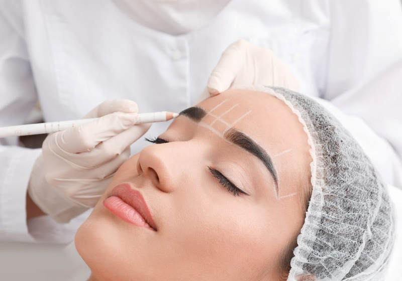 Permanent Make-Up Training | Essi Esthetician Course